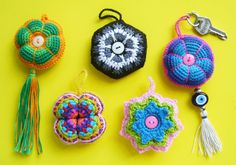 Chaveiros by Colorido Eclético - por Cristina Vasconcellos, via Flickr