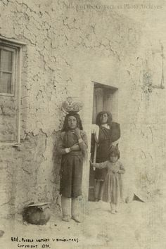 Indian Tribes, Native American Tribes, Native Americans, Pueblo Tribe, Pueblo Indians, Indian Pictures, Shawnee, Photo Archive, Nativity