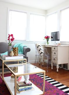 Create a cozy office space in the living room - www.classyclutter.net