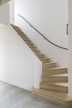 Building Stairs, Building A New Home, Metal Railings, Stair Railing, Wood Stairs, House Stairs, Wooden Staircases, Stairways, Interior Stairs