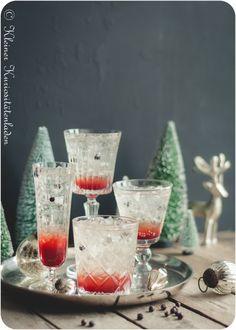 La Geniévre ~ Cocktail und Granatapfelsirup