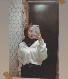 54 ideas for fashion hijab style outfits beautiful Modern Hijab Fashion, Hijab Fashion Inspiration, Muslim Fashion, Modest Fashion, Trendy Fashion, Fashion Outfits, Style Fashion, Casual Hijab Outfit, Hijab Chic
