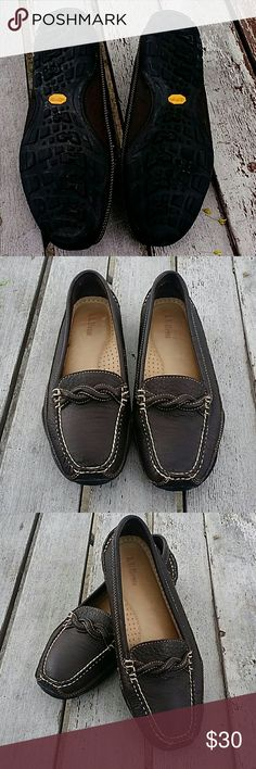 {L.L. Bean} Leather Driver Moccasins sz 9 Like new, these vibram sole driver mocs are very comfortable and always classic. Worn once, in mint condition. L.L. Bean Shoes Moccasins
