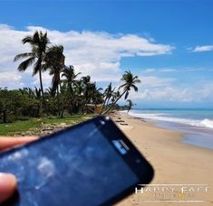 21 ultimate travel apps which make your travels much easier. Don't leave for your trip before you have had a look at the apps. Ultimate Travel, Traveling By Yourself, 21st, Apps, Beach, Water, Outdoor, Gripe Water, Outdoors