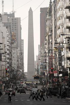 Obelisco in Centro, Buenos Aires, Autonomous City of Buenos Aires_ Argentina