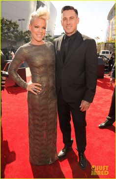 Pink, and husband Carey Hart hit the red carpet at the 2012 MTV Video Music Awards