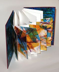 collage journeys: panel book tutorial by Jane Davies Handmade Journals, Handmade Books, Handmade Crafts, Handmade Rugs, Up Book, Book Art, Paper Book, Paper Art, Arte Pop Up