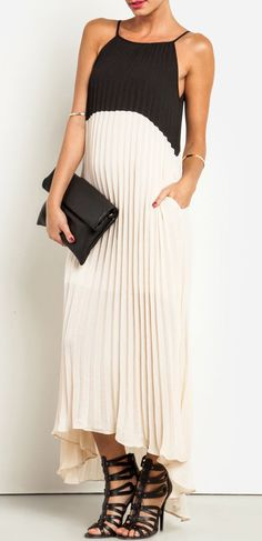 Line & Dot Color Block Pleated Dress