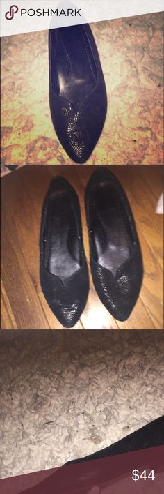 Vaneli Italian designer flats sz8w classy soho dress shoe is a must-have in every shoe wardrobe, and you'll love the comfort and fit. Fully lined with a softly padded wide width for extra comfort make an offer Shoes Flats & Loafers