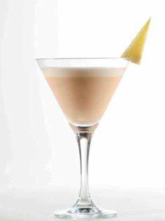 ---Drink de amarula---     Ingredientes:    60ml de licor Amarula;  45ml de xarope de gengibre; Gelo. Modo de preparo: Coloque em uma coqueteleira todos os ingredientes. Você poderá, se não tiver a coqueteleira, liquidificar os ingredientes. Bata com bastante gelo e coe em uma taça martini pré resfriada.