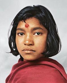 Onde as crianças dormem ao redor do mundo. Prena com 14 anos, mora em Kathmandu no Nepal.