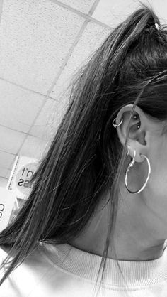 Industrial Ear Piercing Ideas - Erstaunlicher Schmuck - # at . - Industrial Ear Piercing Ideas – Erstaunlicher Schmuck – # at … Throughout simply no unique order allow me to share the actual associated with the ears piercings you can have completed now: Lobe Piercing, Ear Peircings, Cute Ear Piercings, Tragus Piercings, Piercing Tattoo, Rook Piercing Jewelry, Body Piercings, Cartilage Earrings, Bar Stud Earrings