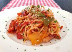 Spaghetti met tomaat en paprika | Het lekkerste recept vind je op AllesOverItaliaansEten