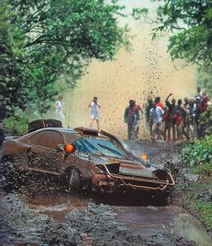 Toyota Celica - cor é um opcional dispensável pra carros de rally.