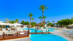 Visit the White Suites, an adults only Boutique Hotel located in Playa Blanca. Book your suite now in this exclusive hotel. Lanzarote Hotels, Canary Islands, Holiday Destinations, Swimming Pools, Boutique, Places, Outdoor Decor, Travel, Summer