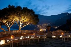 With hundreds of Amalfi coast hotels to choose from, #KOKET narrowed it down to the crème-de-la-crème to give you the best #luxury #hotels along the Amalfi Coast. #lovehappensblog #amalficoast