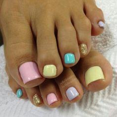 Toes shellac pastel