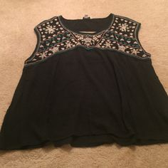 American Eagle flowy top Perfect condition, sleeveless size XL but fits more like a Large. It could be a great crop top or layered with a tank American Eagle Outfitters Tops Tank Tops
