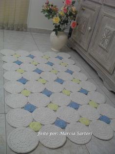 Tapete de bolas retangular. Pode ser feito nas cores que combine com sua decoração! Outras medidas e tamanhos consultar valor. Medidas 1,25 por 0,80