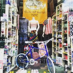 Roll on over to @yrbmagazine in #soho #nyc #newyorkcity and check out some #mixiebike #broadway and #grand #fashion #fashionista #bike #bicycle #fixie #fixedgear #fgfs #hiphop #hipster #bmx #pride #crisscross