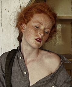 Caitlin Bellah: Farmhouse - Thisispaper Magazine
