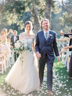 Romantic Meadowood Napa Wedding – Style Me Pretty