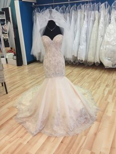Add a bit of color to your #wedding dress!
