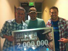 Jason Aldean Announcement with friends Tony Kris