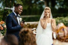 La cérémonie laïque d'Elodie et Jonathan: l'échange de voeux le plus émouvant! Intimate Weddings, Real Weddings, Wedding Couples, Wedding Photos, Real People, Vows, Beautiful, Wedding Dresses, Most Beautiful Words