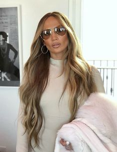 40a3210019d Jennifer Lopez looking amazing wearing all nude outfit and long blonde hair  with balayage hair color