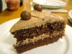 Nigella Lawson Malteaser Cake It is so delicious, quite dense and rich really. The buttercream is delicious. It has…