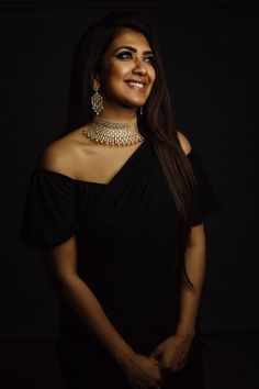 4 Stunning, Different And Inspiring Looks Done By Vithya! Vithya Hair And Makeup, Indian Photoshoot, London College Of Fashion, Simple Sarees, Traditional Fashion, Western Dresses, Girls Makeup, Indian Wear, Indian Outfits
