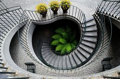 Neverending Stairway to Heaven Architecture Images, Amazing Architecture, Architecture Details, Staircase Architecture, Innovative Architecture, Contemporary Architecture, Grand Staircase, Staircase Design, Tiled Staircase