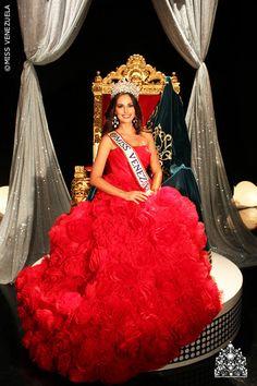 Irene Esser. Miss Sucre 2011. Miss Venezuela 2011.