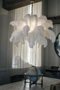 The Ostrich Feather Chandelier from A Modern Grand Tour takes centre stage in any luxury setting, giving a soft finish to your interior. Chandelier Floor Lamp, Diy Floor Lamp, Luxury Chandelier, Chandelier In Living Room, Luxury Lighting, Chandelier Ideas, Chandeliers, Gold Chandelier, Feather Lamp