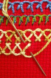 Embroidery Stitches Ideas Fat-Quarter: Up and down buttonhole stitch Embroidery Stitches Tutorial, Embroidery Techniques, Cross Stitch Embroidery, Embroidery Patterns, Crazy Quilt Stitches, Needlepoint Stitches, Needlework, Sewing Hacks, Sewing Tutorials