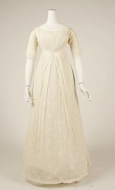 Dress, 1804–14, probably American, cotton. Gift of Miss Ethel Frankau, 1939. Accession Number:C.I.39.32