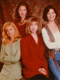 Swoosie Kurtz, Patricia Kalember, Julianne Phillips & Sela Ward in Sisters (1991-96, NBC)