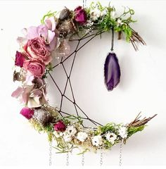 🌟Tante S!fr@ loves this📌🌟Happy Friday Astral Babes 🌿🌸😍 Decoration Shabby, Decorations, Craft Projects, Projects To Try, Diy And Crafts, Arts And Crafts, Diy Crystal Crafts, Deco Table Noel, Deco Originale