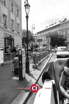 Summer in the city - Zomer in Boedapest, oude glorie, nieuwe verval, mensen, mooie winkels….. Welk verhaal vertelt deze serie voor jou? Klik op de onderstaande links om een goed beeld te krijgen van wat ik onder de diverse disciplines versta en hou in gedachten dat alles wat we doen, we in overleg doen en je... - straatfotografie -  http://see.captusimago.com/summer-in-the-city/