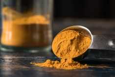 Ground turmeric powder and curcumin have health benefits ranging from lowering bad cholesterol to reducing blood sugar levels. New research suggests curcumin found in turmeric is an effective agent for killing cancer cells. Fatigue Causes, Chronic Fatigue Syndrome Diet, Chronic Fatigue Symptoms, Chronic Illness, Chronic Pain, Chronic Tiredness, Mental Illness, Flu Like Symptoms, High Calorie Meals