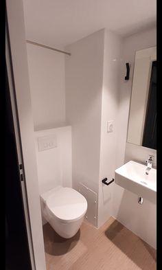 Small Shower Room, Small Bathroom Layout, Small Bathroom Sinks, Small Narrow Bathroom, Bathroom Glass Wall, Minimalist Small Bathrooms, Small Bathroom Plans, Small Basement Bathroom, Space Saving Bathroom