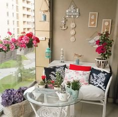 Balkon, Beyaz, Çiçekler, Kırmızı, Siyah