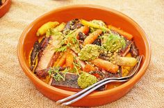 Bertus Basson cooks lunch at Vondeling wine estate, Voor Paardeberg Basson, Japchae, Lunches, Pasta Salad, Sunday, Wine, Cooking, Ethnic Recipes, Food