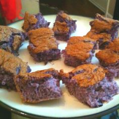 Healthy snack- light blueberry pie filling and angel food mix. Bake at 350 for 30 min. 24 servings/ 2 weight watcher points plus per serving. YUM!