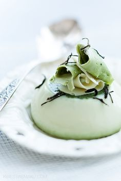 Panna cotta with green tea