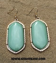 Save 10% at www.gugonline.com by using the discount code GUGREPKCAR at checkout! Designer Inspired Danielle Earring in Mint Green and Gold