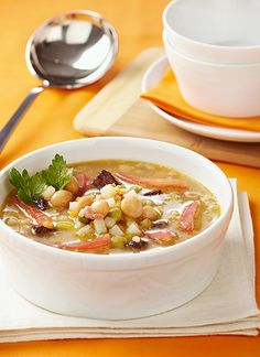 Recetas: Sopa minestrone Soup Recipes, Soups, Vegetables, Food, Italian Cooking, Homemade