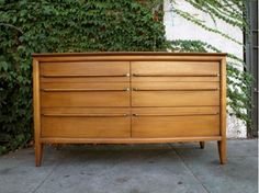 Los Angeles: Gorgeous Sleek Mid Century Dresser Credenza  $350 - http://furnishlyst.com/listings/470920