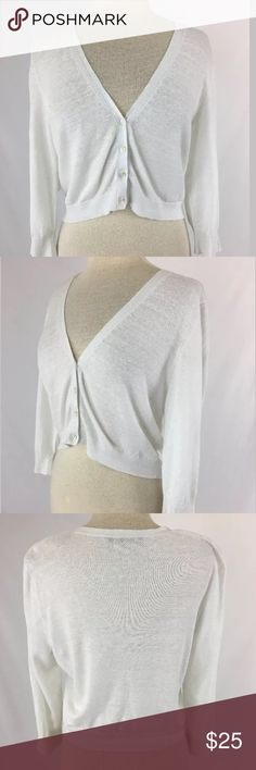 Tommy Bahama cropped cardigan SKU: SD15680  Length Shoulder To Hem: 19 Bust: 42 Waist: 37 Fabric Content: Linen & Cotton The size tag has been removed, and size is estimated. Please refer to measurements. Tommy Bahama Tops
